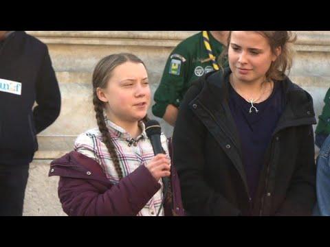 afpes: Greta Thunberg moviliza a jóvenes en París a favor del clima