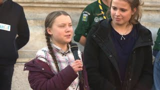 Greta Thunberg moviliza a jóvenes en París a favor del clima