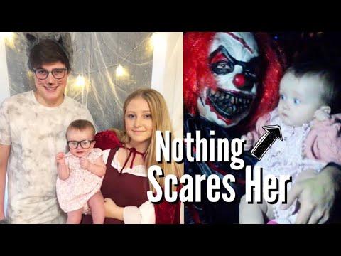 Baby's First Halloween! | Teen Mom Vlog