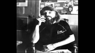 Watch Robert Wyatt Muddy Mouse a video