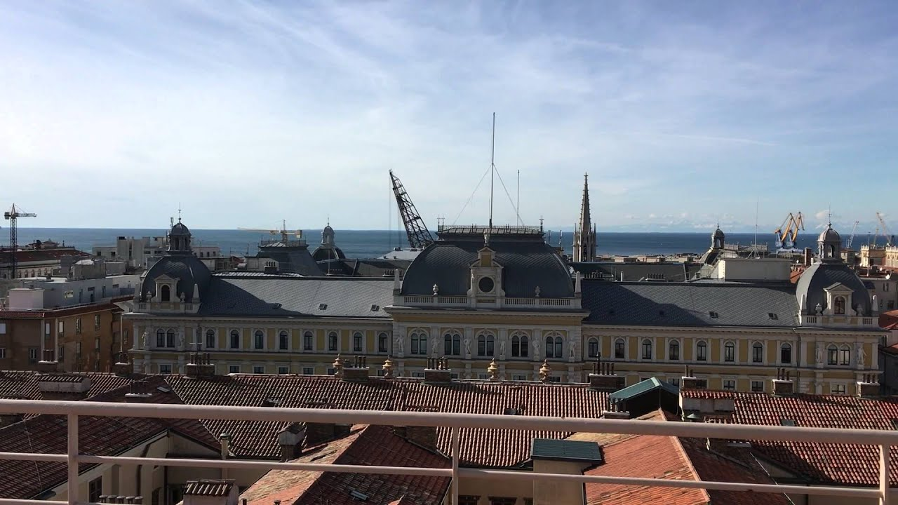 Top floor of Residence le Terrazze Trieste. Vista mare Trieste - YouTube