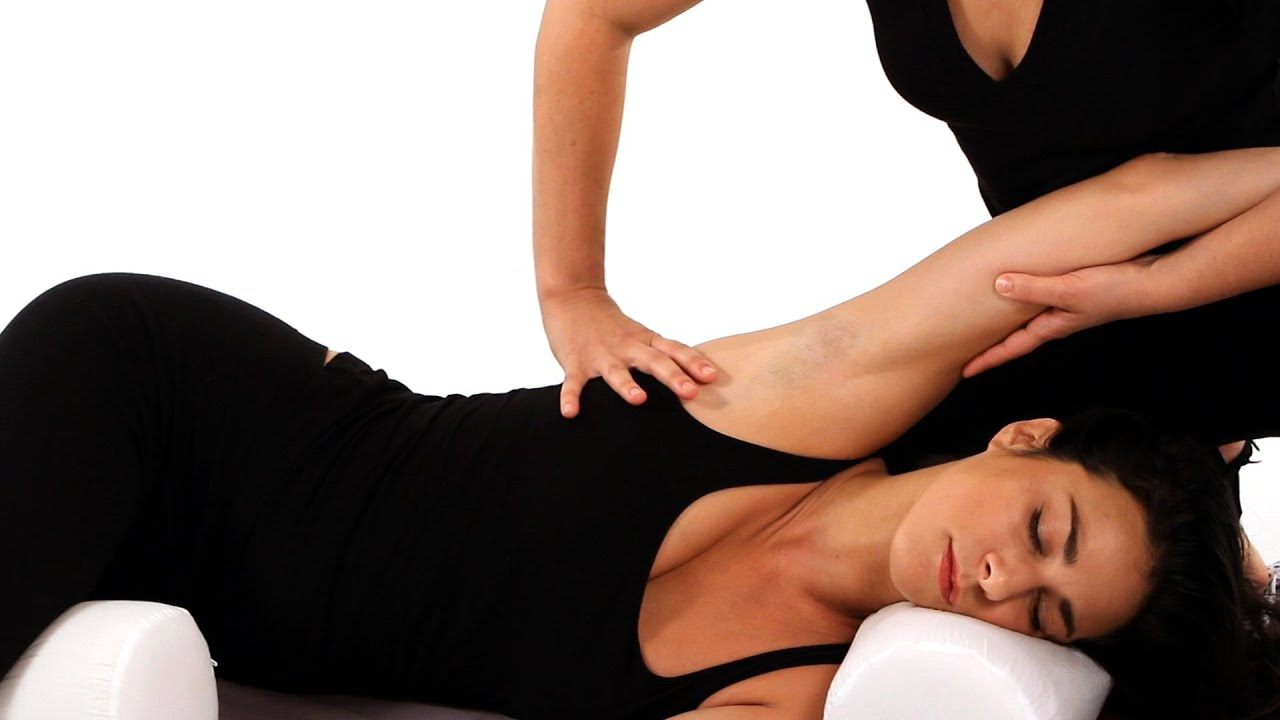 How to Give a Massage in Side Position | Shiatsu Massage