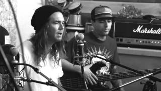Watch Dirty Heads Garland video