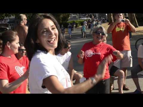 Flash Mob Peruano en Vancouver, Bc,Canada - Summer 2015