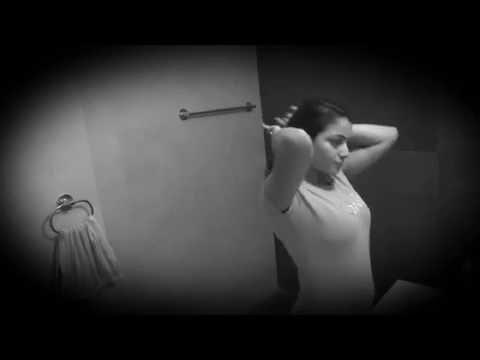 लड़की का हॉट बाथरूम MMS हुआ विराल
