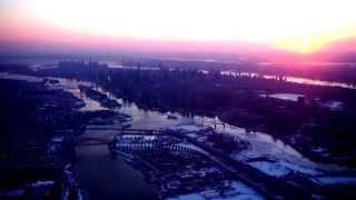 crj 200 takeoff lga manhattan with sunset and frozen hudson