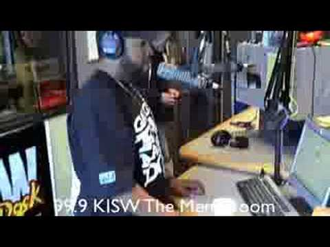 Ice Cube Visits The Mens Room