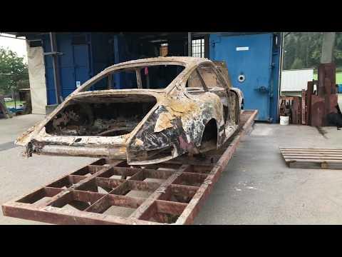 Sverniciatua scocca auto Porsche 911