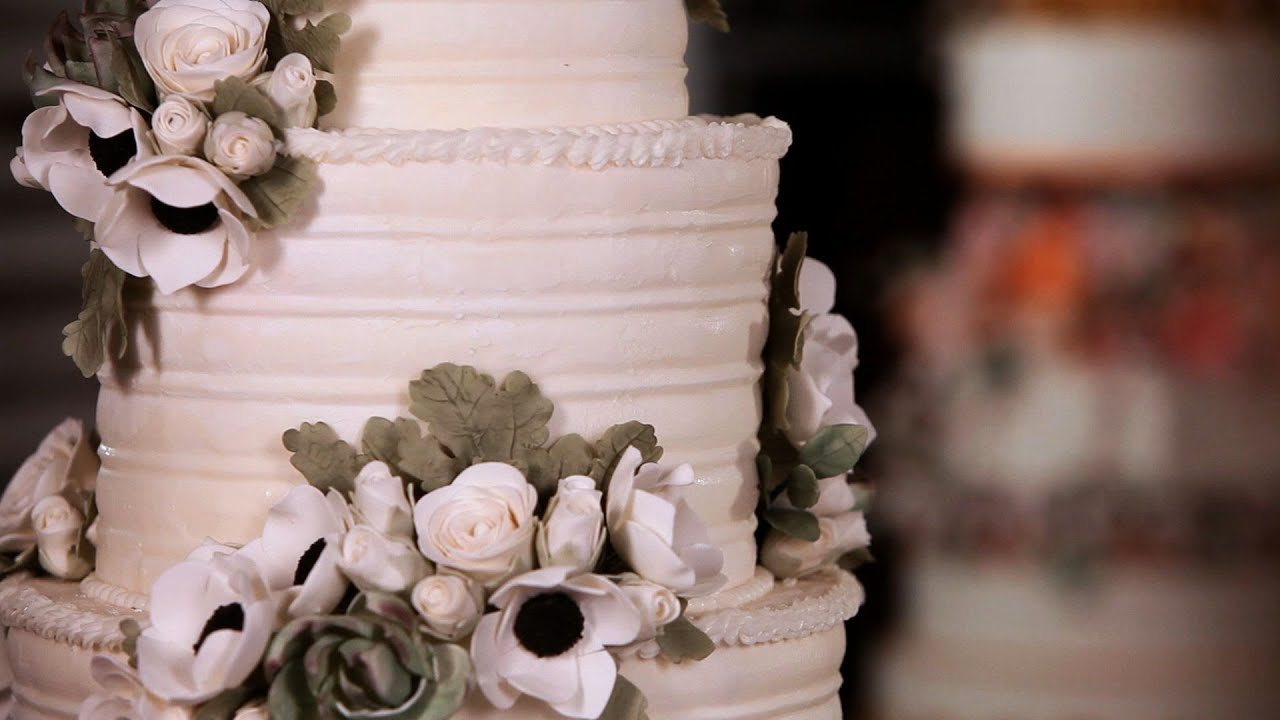 How To Arrange Sugar Flowers On Cakes