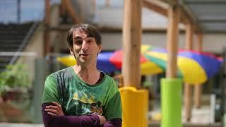 Portrait de Renaud, éducateur de jeunes enfants