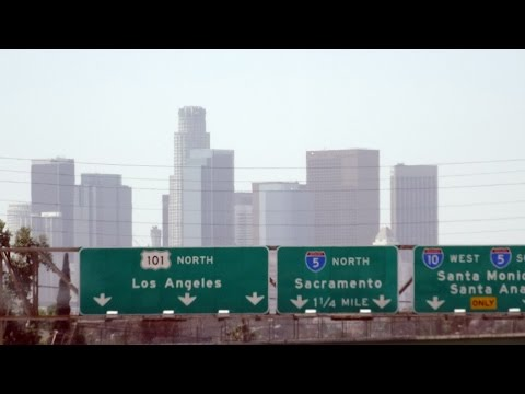 greyhound-bus-down-west-coast:-#8-desert-by-day:-las-vegas-to-los-angeles-2015-04-15