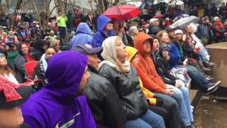 Tuba Christmas Takes over Thanksgiving Square