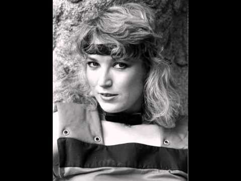 Tanya Tucker -- Would You Lay With Me (In A Field Of Stone)