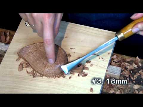 Carving a simple leaf