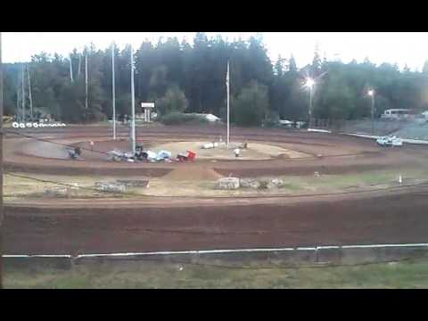 Cottage grove speedway open main event