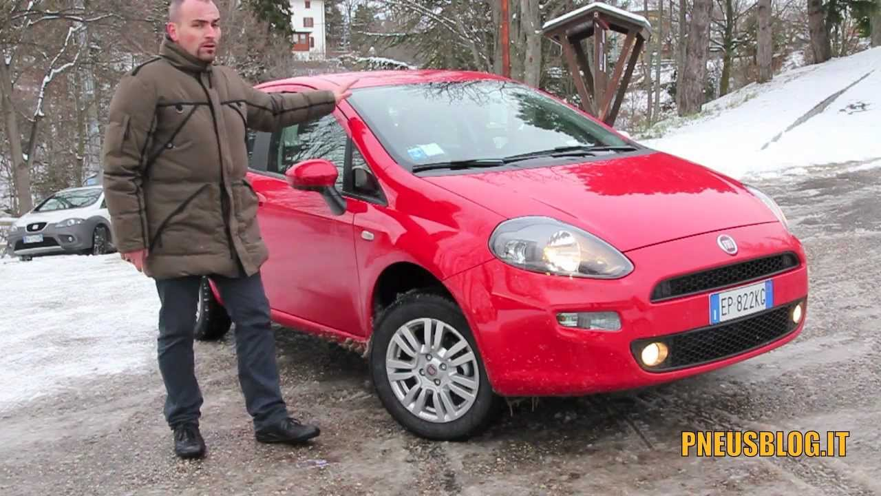 test drive vredestein quatrac 3 fiat punto natural power youtube. Black Bedroom Furniture Sets. Home Design Ideas