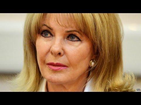Profumo Affair's Mandy RiceDavies dies at the age of 70