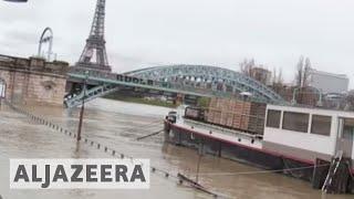 🇫🇷 Paris flood alert as River Seine bursts its banks