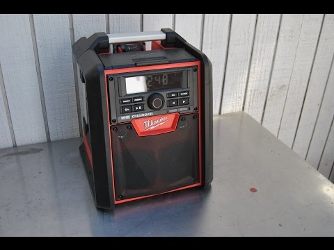 Milwaukee M18 Jobsite Radio/Charger 2792-20 Review