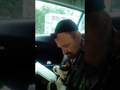 הרב דב קוק מברך בפסח כשר ושמח את הרב ארוש בשיחת טלפון