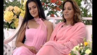 Rendezvous with Simi Garewal - Amisha Patel