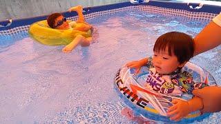 怖いけど楽しい初めてのプールで浮き輪どんちゃん #1206 ひなごんおいちゃんどんちゃん三兄弟vlog