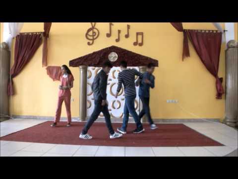 Kalaba Fatih Sultan Mehmet Anadolu Lisesi Tiyatro Gösterisi Ah Şu Gençler