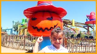Rüya Luna Parkta Tek Başına Bal Kabağına Biniyor