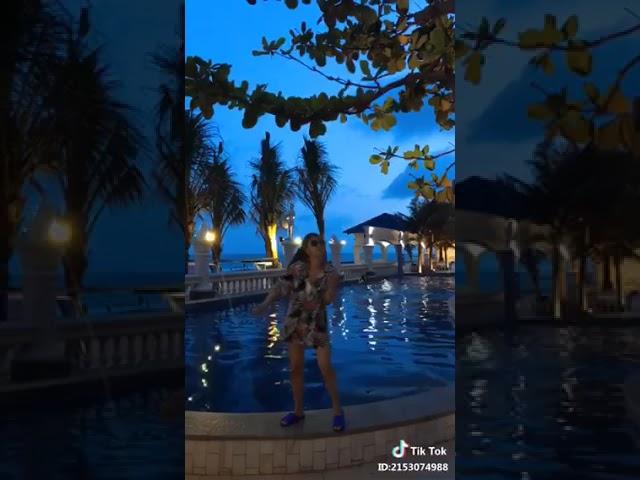 Hoàng Yến Chibi nhảy mình cưới nhau đi siêu lầy