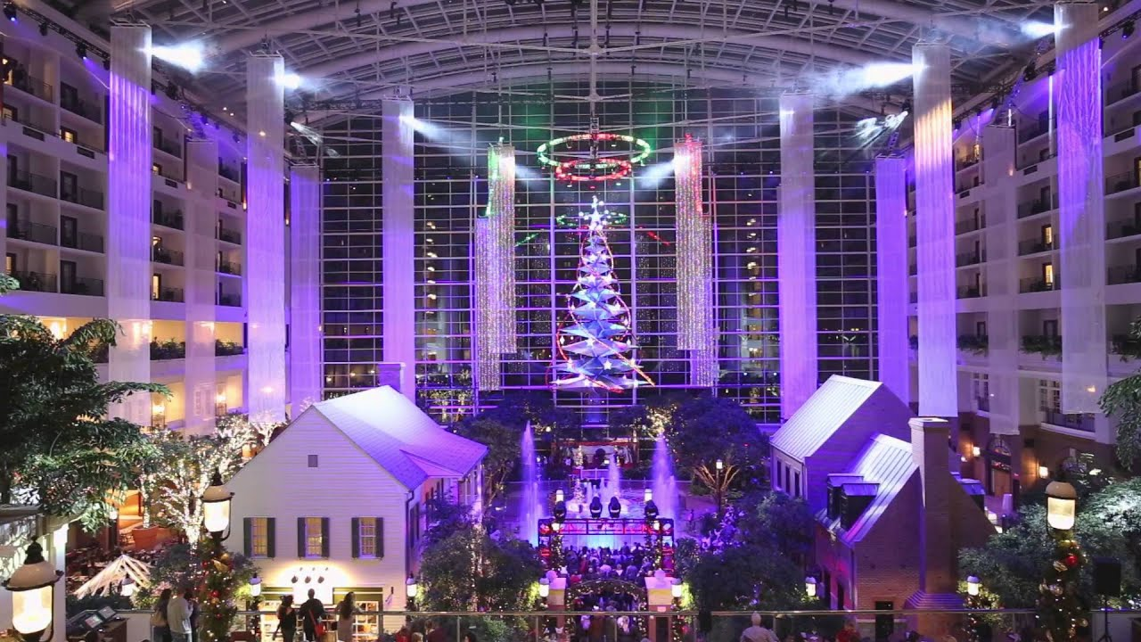 Gaylord Resort At National Harbor Christmas Light Show