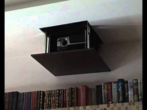 Staffa motorizzata lifth da soffitto per videoproiettori - Portapentole da soffitto ...