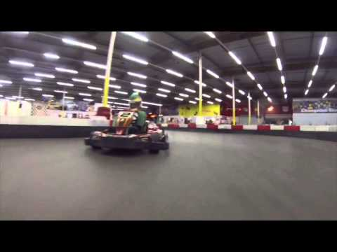 One Direction - 1DDAY - Mario Kart