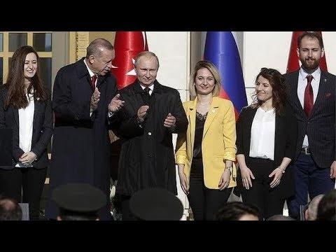 """Ərdoğan ideal foto üçün """"Putinin qızını"""" yanına çağırdı"""