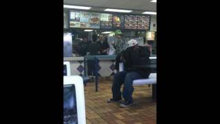 Repeat youtube video A fight breaks out between customers and staff at Burger King because the food took too long!!!!