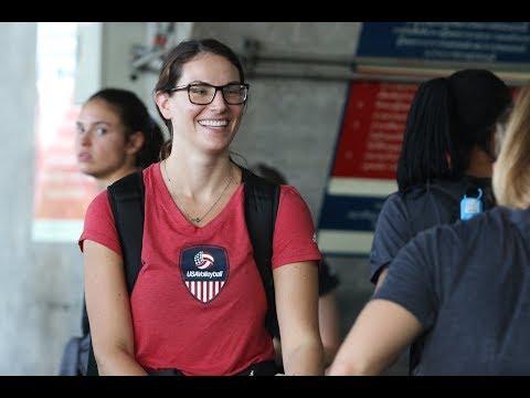 2561-05-25 ทีมชาติสหรัฐอเมริกา เดินทางถึงประเทศไทย