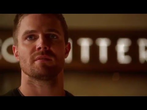 The Flash (2x8) Oliver in Central city and see his son first time [ Ending scene]