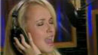 Watch Hayden Panettiere I Fly video