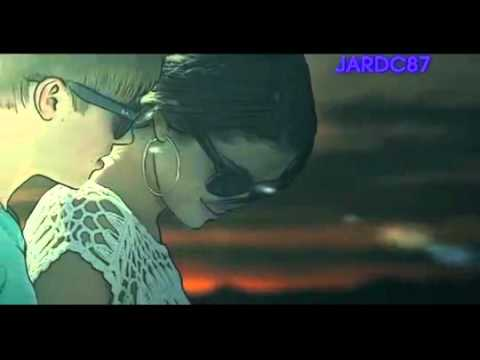 Justin Bieber - Stuck In The Moment Ft. Selena Gomez (Music .mp4