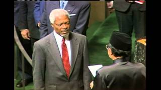 Kofi Annan (Ghana) is appointed as the seventh Secretary-General of the United Nations