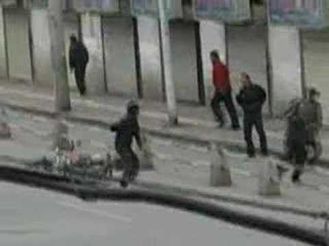 Tibet: scontri di strada a Lhasa