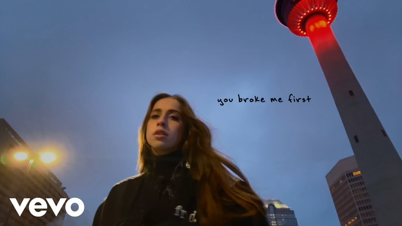 Download Tate McRae - you broke me first (Official Video)