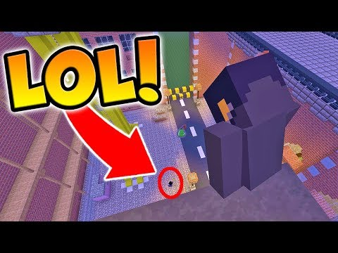 DROPPING POISON POTIONS ON PLAYERS IN MINECRAFT HIDE AND SEEK!