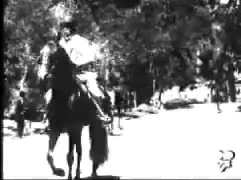 El Presidente Porfirio Díaz paseando a caballo en el bosque de Chapultepec (1896), Gabriel Veyre