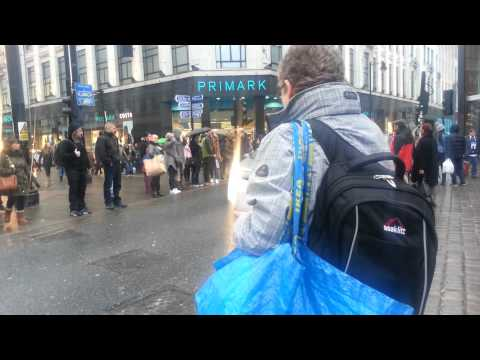 Manchester Vault - Market street music in the rain