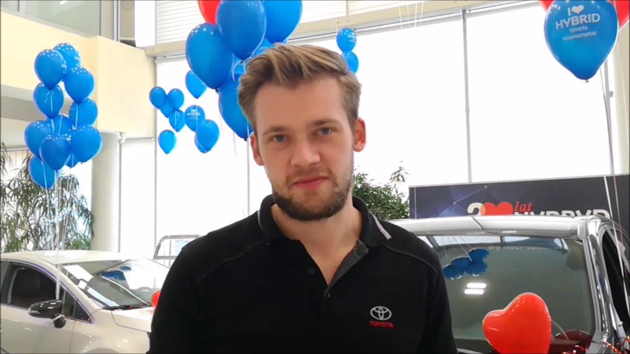 Hybrydowy zawrót głowy w salonie samochodowym Toyota Nowakowski Wałbrzych