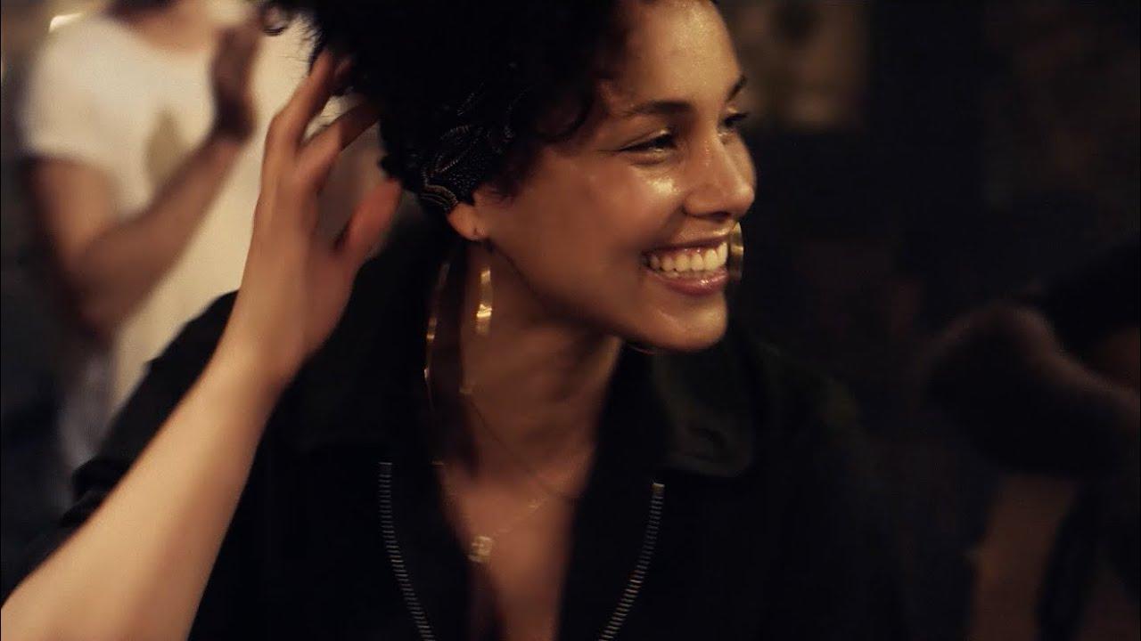 Download Alicia Keys in Paris | A Take Away Show