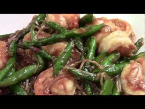 chopped-enoki-mushroom-and-asparagus-in-ginger-and-garlic-sauce