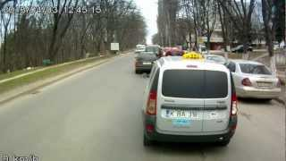 Остановил кортеж с президентом Молдовы Тимофти.