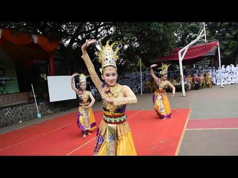 Ribuan Penonton Tiba-Tiba Tersihir oleh Tari Jaipong Siswi-Siswi Cantik ini