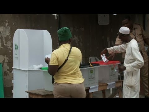 Nigeria: first ballot submitted in this Lagos polling station